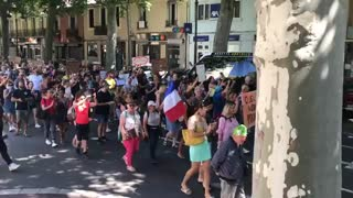 French Protesting Vaccine Passports 7/17/21