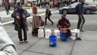 When a street musician meets a dubstep dancer