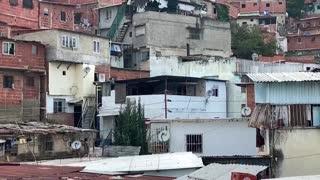 Caracas vuelve a las cacerolas contra el Gobierno tras el cierre de DIRECTV