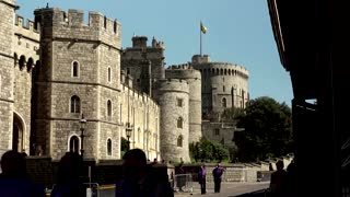 Brits in sombre mood in Windsor before funeral