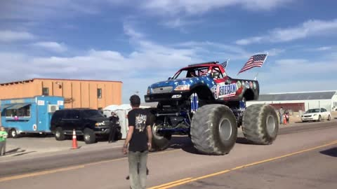 #SUNDAYFUNDAY - With a Monster Truck!