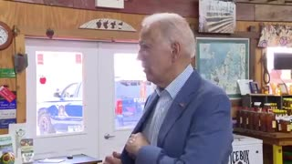 Confused Joe Biden has to pull out notes to answer question on Russia
