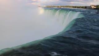 1 hour of Niagara falls