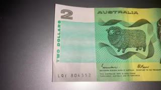 OLD AUSTRALIAN $2 NOTE