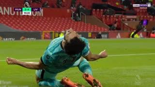 Mo Salah smashes Manchester United's defenses