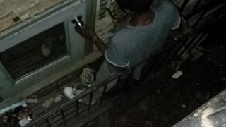 Man Busted Trying to Break into Building