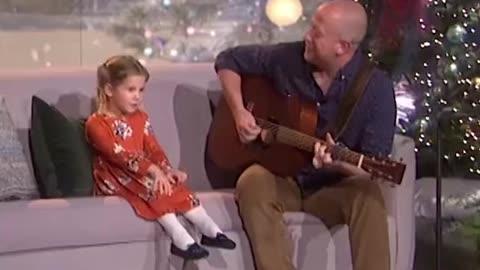 Little singer girl
