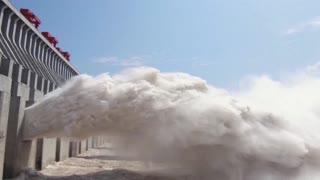 Video: Así opera la segunda hidroeléctrica más grande del mundo