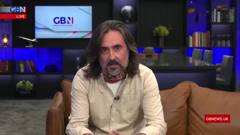 Listen to or Read Neil Oliver's Commentary on Freedom as We Face Covid Tyranny. Absorb Every Word.
