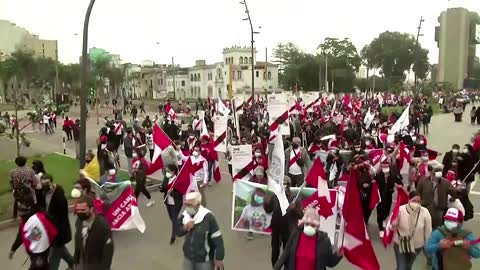 Peru's Fujimori leads protest to annul votes