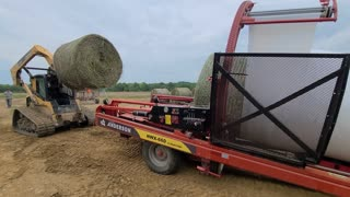 Wrapping Bales 2