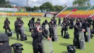 Policía y Esmad en estadio de Bucaramanga