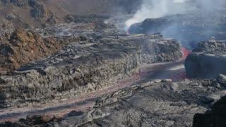 captures volcanic eruption - FIRE ISLAND