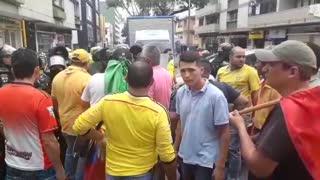 Taxistas mantienen la protesta en Bucaramanga
