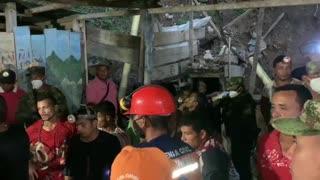 Rescatados los 14 mineros en Barranco de Loba