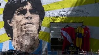 [Video] ¿Se tatuaría la figura de Maradona para recordarlo?