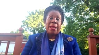 Sheila Jackson Lee: Police have a 'warrior' mentality