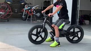 Stacyc e-bike wheelie