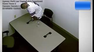 Murder suspect breaks handcuffs, makes great escape
