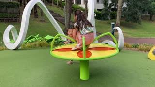 Spinning sister