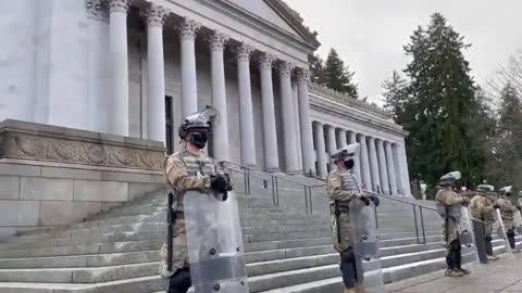 🚨 - There are 15,000 troops in Washington DC right now.