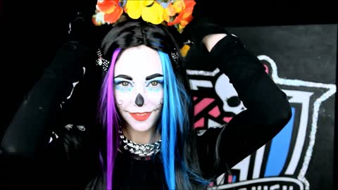 Monster High's Skelita Calaveras makeup tutorial