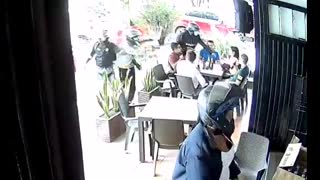 Video: Cámara de seguridad grabó atraco masivo en Bucaramanga