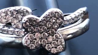 Beautiful butterfly diamonds ring amazing