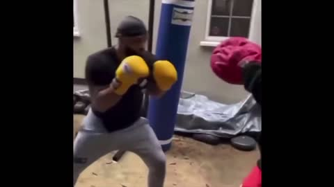 jake Paul vs Tyrone Woodley sparring footage