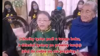 Azjatycka dziewczynka wypowiada słowa zachęty dla świata!