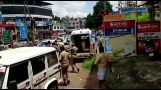 Funny Lockdown video || Funny police videos feat. India || Lockdown compilation