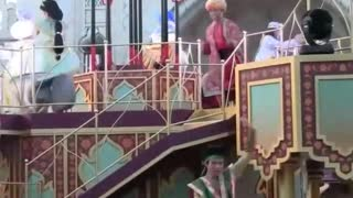 Aladdin Surprise Show On Stage