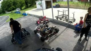 Dads warm up laps Tag 125 kart racing