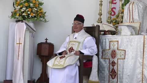 521 - Sr Obispo, le pido que vuelva a fundar el seminario menor.