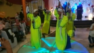 Egyptian Groom Surprise Bride With Terrific Wedding Show ,