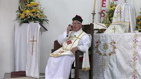 526 - El sacerdote catolico es imagen de Dios.