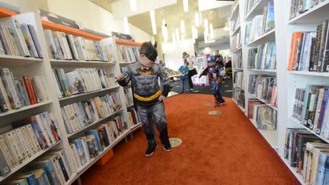 Charlie Adlard at Telford Library Comic Con