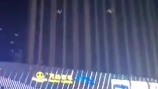 Zhengzouh, China: Drones fall to the ground during electric outage