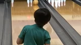7-year-old bowler shows off incredible skills