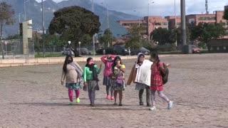 Indígenas colombianos rechazan violación de una niña por soldados