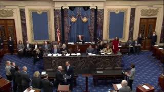 """""""Fiscales"""" del juicio político contra Donald Trump leen los cargos ante el Senado de EEUU"""