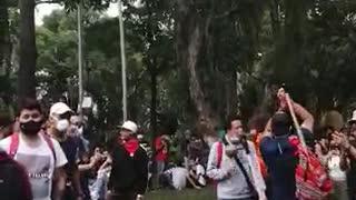 Concentración en el parque San Pío