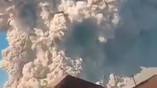 Volcanic eruption in Indonesia!