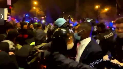 In Chaotic Scene, Chicago Police Clash with Violent Protestors