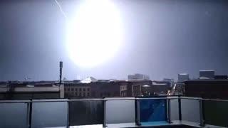MESMERISING footage: lightning hits Berlin's iconic TV Tower