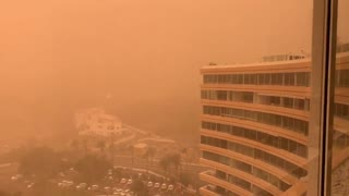 Worst dust storm in 30 years turns Spanish island into Mars