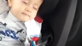 Watch the exact moment this baby literally sings . himself to sleep ❤️😇