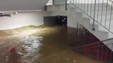 Insane flooding in Croatia fills building's basement