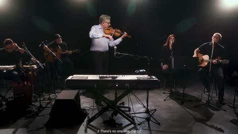 Lenny LeBlanc and Rachel Robinson, with violin accompaniment by Don Moen.