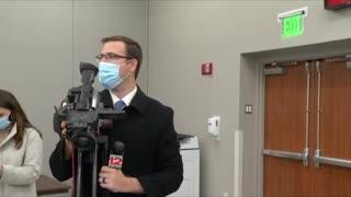 Nurse Faints After Receiving Covid Vaccine